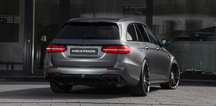 rear view exhaust e63amg s