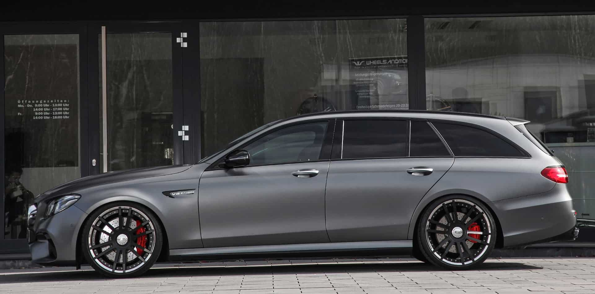 mercedes w213 e63 amg tuning wheels and exhaust. Black Bedroom Furniture Sets. Home Design Ideas