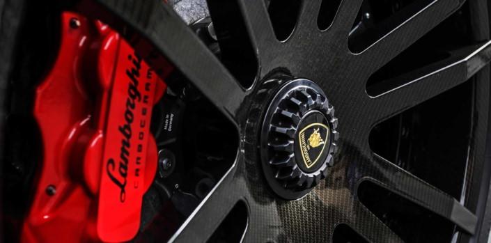 close up centerlock wheels wheelsandmore tuning aventador