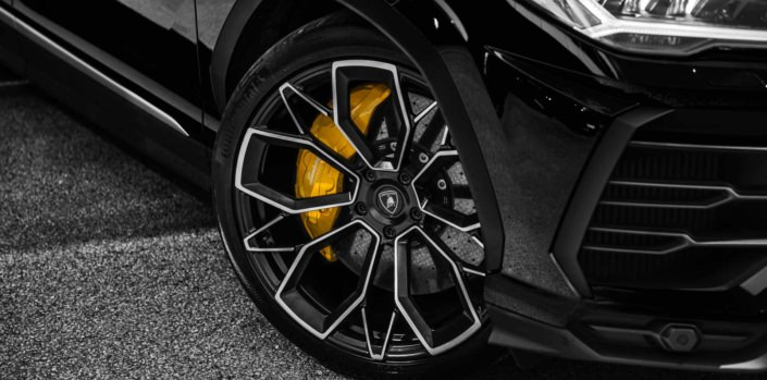 nice wheel close up lamborghini urus