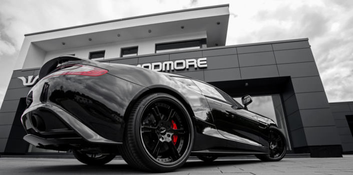 special customized 6sporz alloy wheels from wheelsandmore for aston martin vanquish