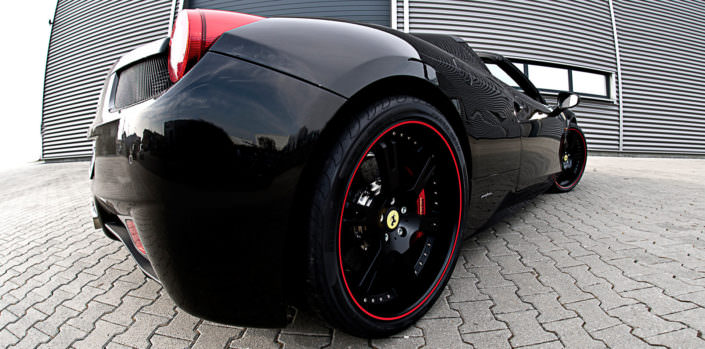 ferrari 458 wheels with red outline 21 inches
