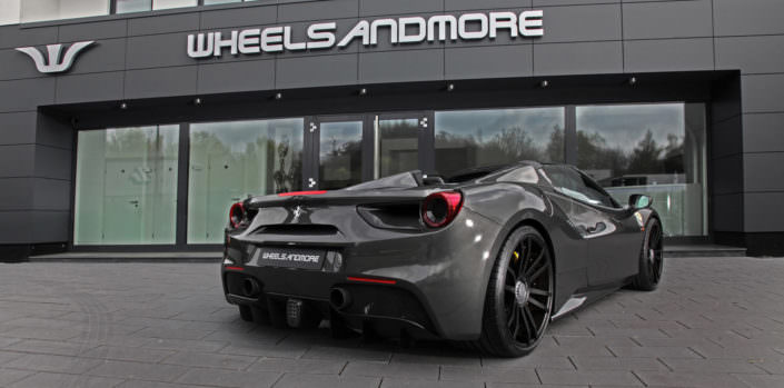 black fiwe wheel on 488gts ferrari grey