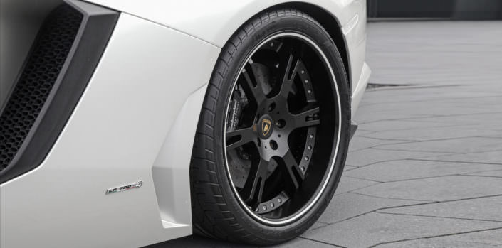 cloe up rear wheel aventador 21 inch wheelsandmore