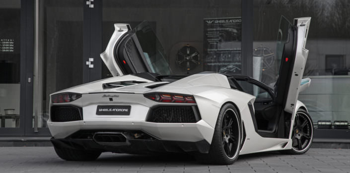 rear view aventador white with black wheelsandmore wheels