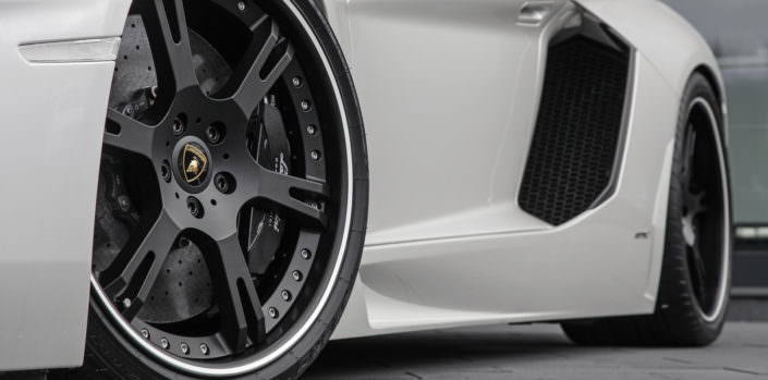front wheel closeup aventador 20 ich wheelsandmore