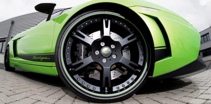 black coated 6sporz² wheels on superleggera lamborghini