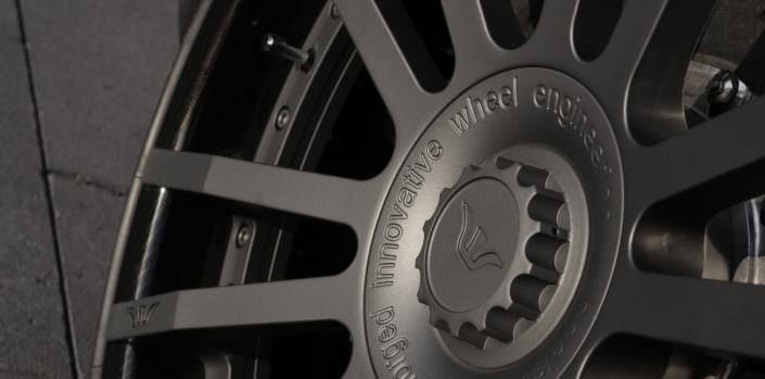 close up fiwe wheel for Lamborghini gallardo