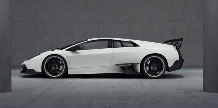 lambo lp640 whit side view with suspension setup and 13,0x20 inch rear 6sporz wheels