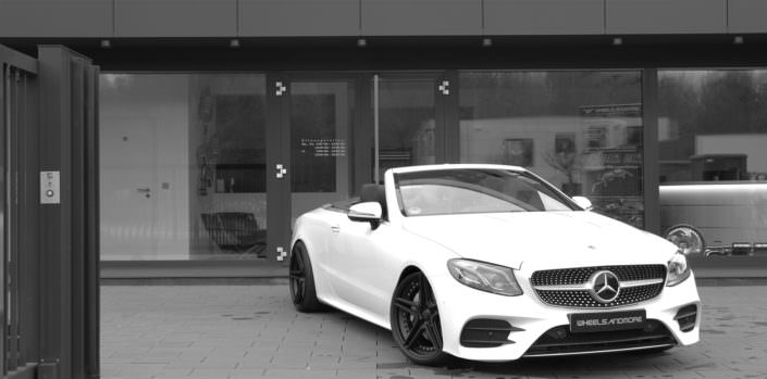 black fivestar wheels 20 inch on white e400 convertible