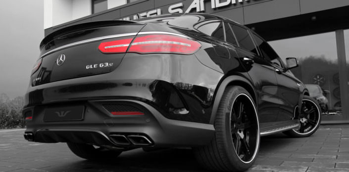 black mercedes gle63amg rear side view on 12,5x22 inch 6sporz² wheels