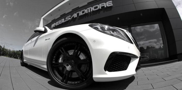 amg63 mercedes sedan with black 6sporz wheels 22 inches
