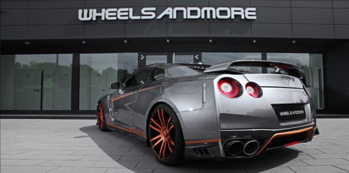 side view grey gtr with bronze copper fiwe wheels